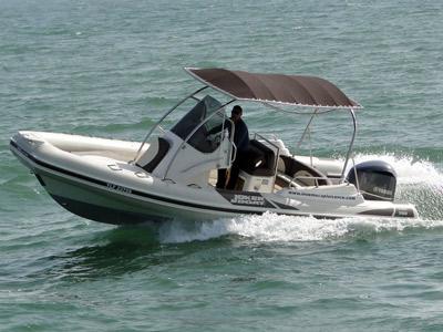 location bateau Wide 700