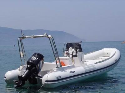 location bateau Gommone Predator 6.60