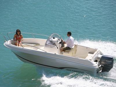location bateau Cap Camarat 5.5