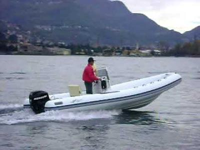 Location bateau  Gommoni Seadragon 530