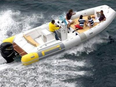 Location bateau  Pirelli Pzero 770FB