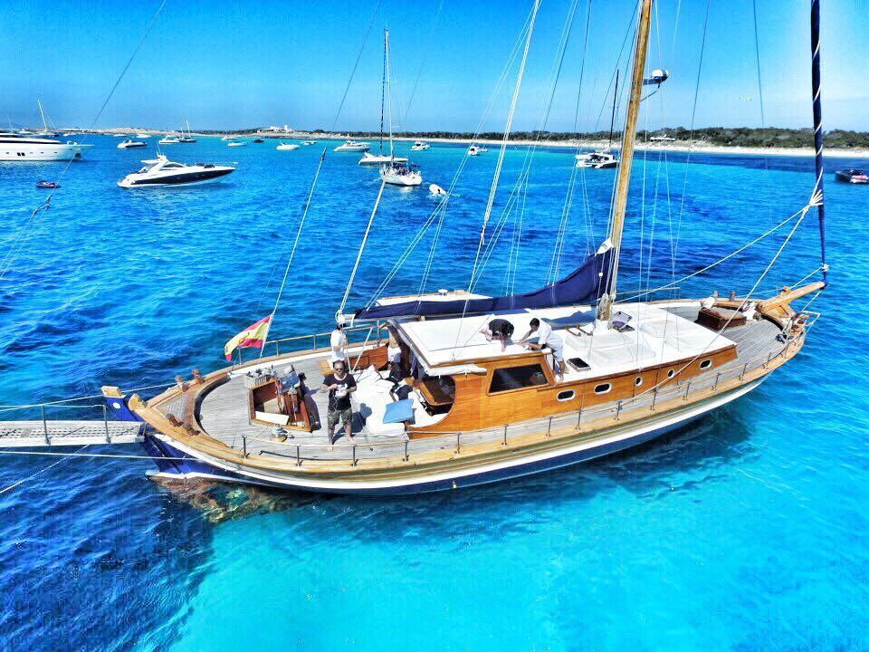 location bateau Tirandila