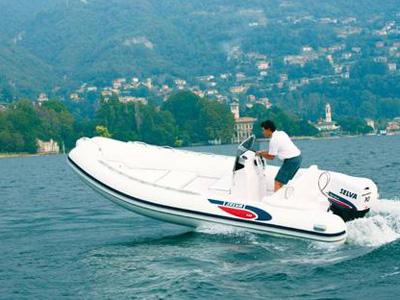 location bateau Selva 540
