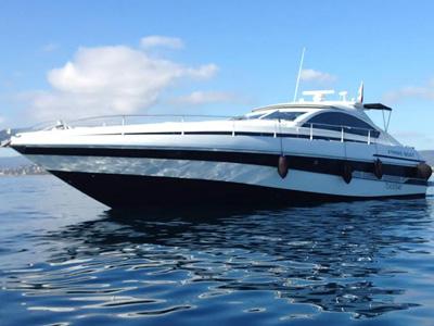 location bateau Pershing 60