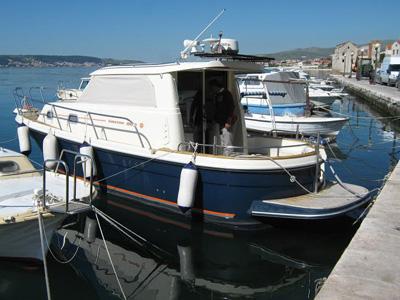 location bateau Sibenik 800