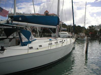 location bateau Beneteau 51