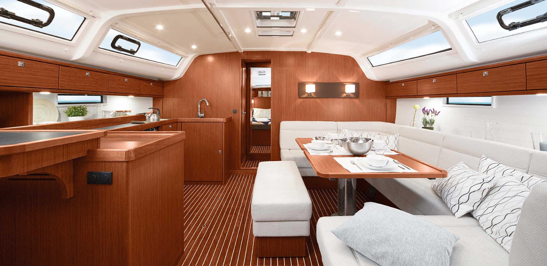 innen Bavaria Cruiser 51