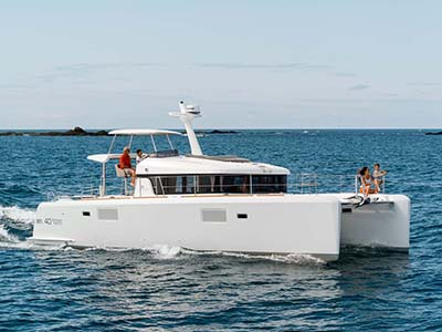 location bateau Lagoon 40 Power