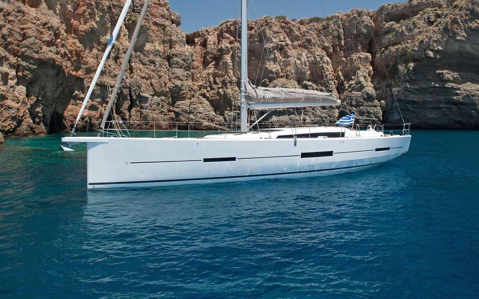 location bateau Dufour 560 GL