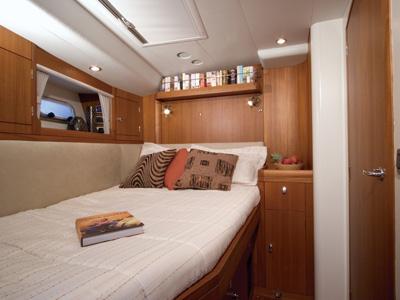 interno Oyster 62