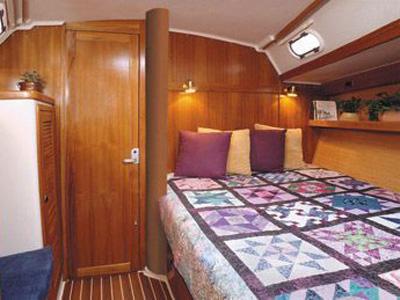 interno Catalina 42