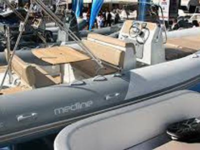 location bateau Medline 740