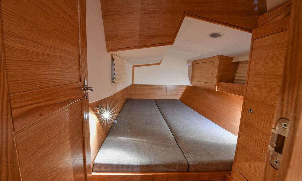 intérieur Ovni 445