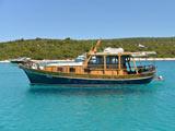 location bateau Model Tiho
