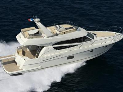 location bateau Prestige 50 Fly