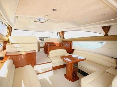 interno Prestige 50 Fly