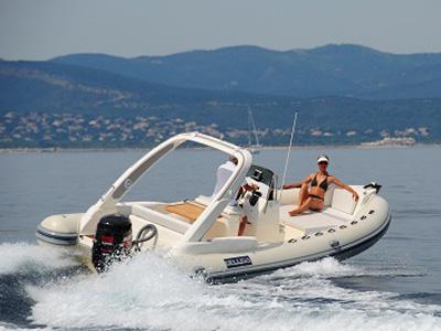 location bateau Beluga 27 Open