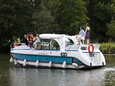 location bateau Confort 900 DP