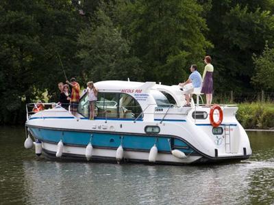 Location bateau  Nicols Confort 900 DP