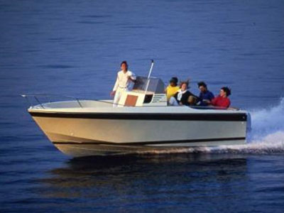 location bateau Cap Camarat 650