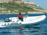 location bateau Capelli Tempest 550