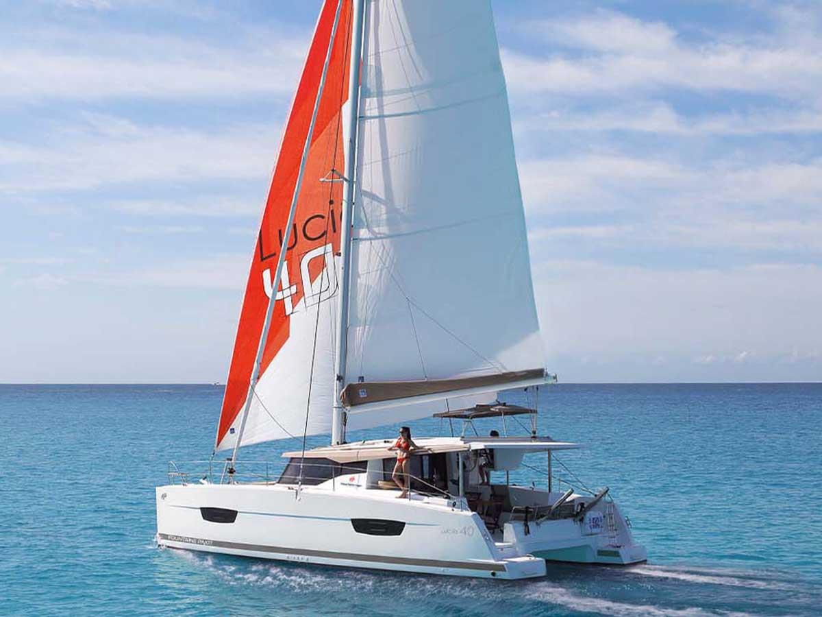 location bateau Lucia 40