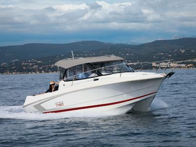 location bateau Antares 7.80