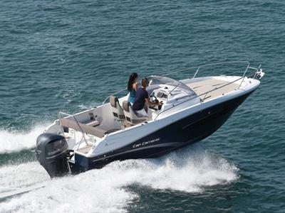 location bateau Cap Camarat 7.5 WA Serie 2