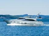 location bateau Ferretti 730