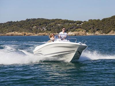 location bateau Cap Camarat 4.7 CC