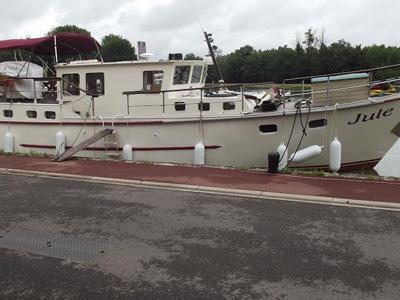 location bateau Jule