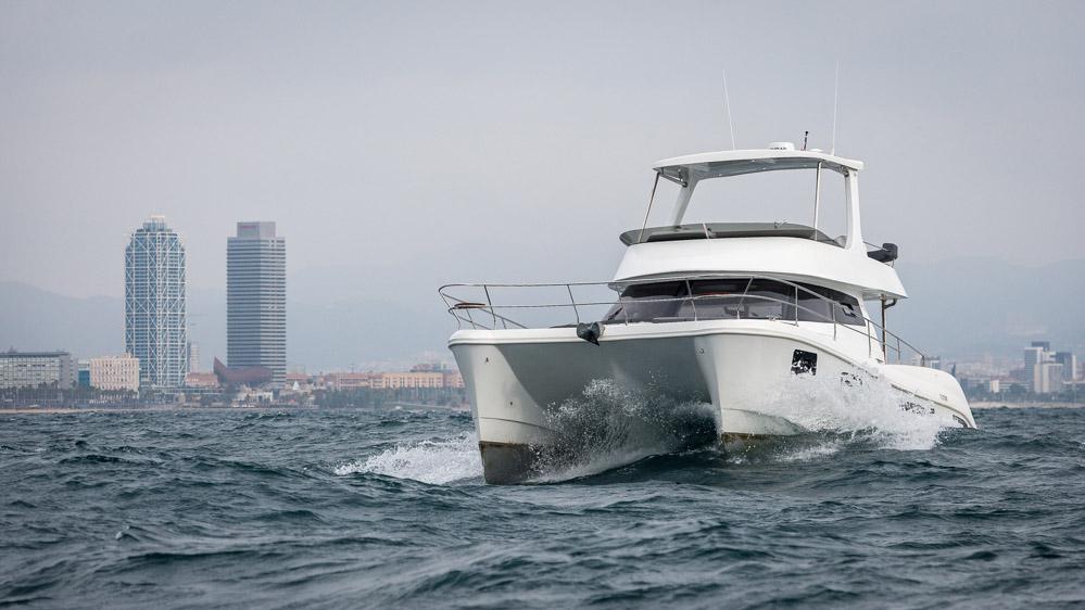 location bateau Flash Cat 43 S