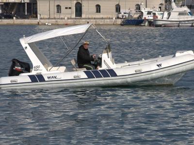 location bateau Wav Marine 650 Topline