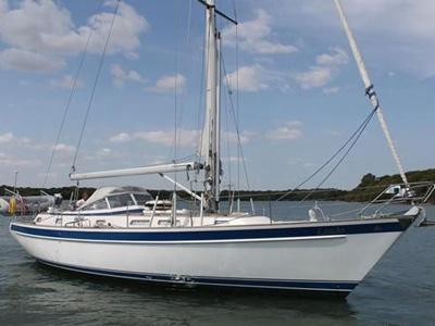 location bateau Hallberg Rassy 42F
