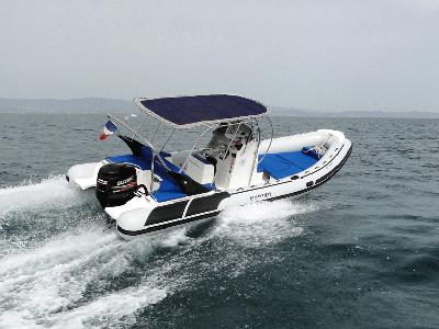 location bateau Master 770