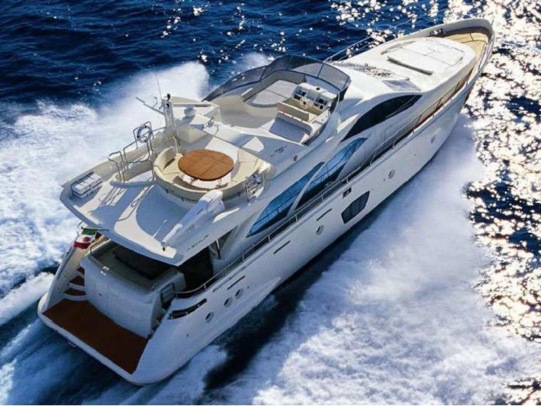 location bateau Azimut 75