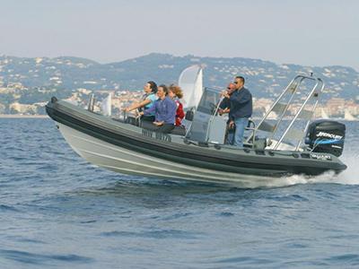 location bateau Valiant 650 Patrol