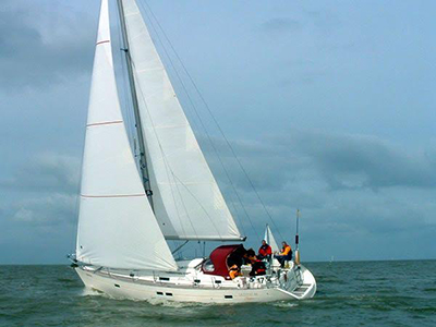 location bateau Oceanis 36