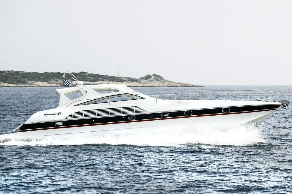 location bateau Alfamarine 50 Open Sport