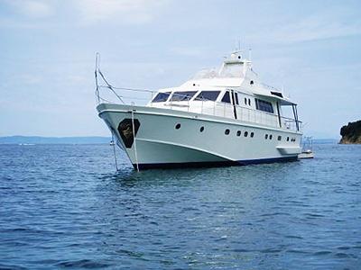 location bateau Admiral 23
