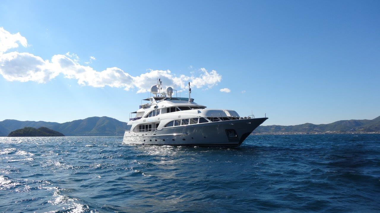 location bateau Bennetti Clasic 37m