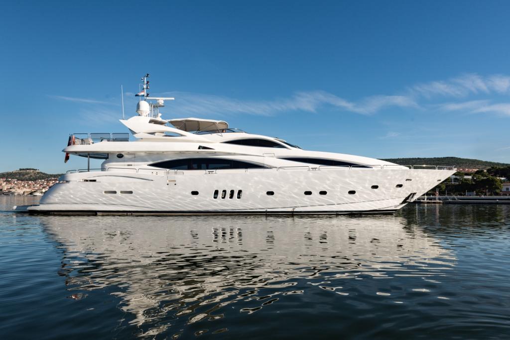 location bateau Sunseeker 105