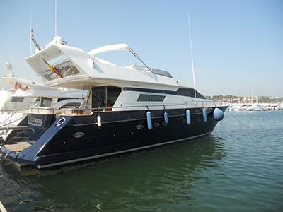 Location bateau  Astondoa 68