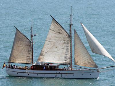 location bateau Classic Schooner