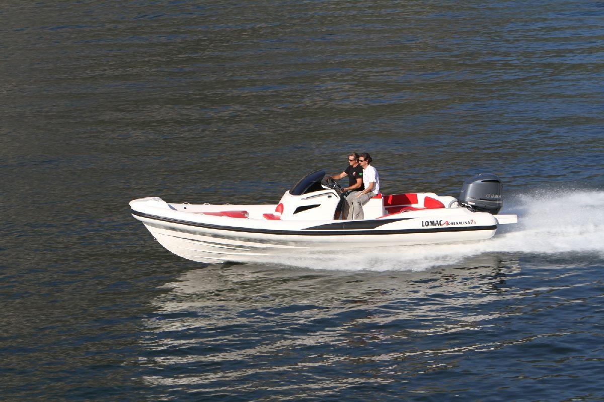 Location bateau  Adrenalina 7.5