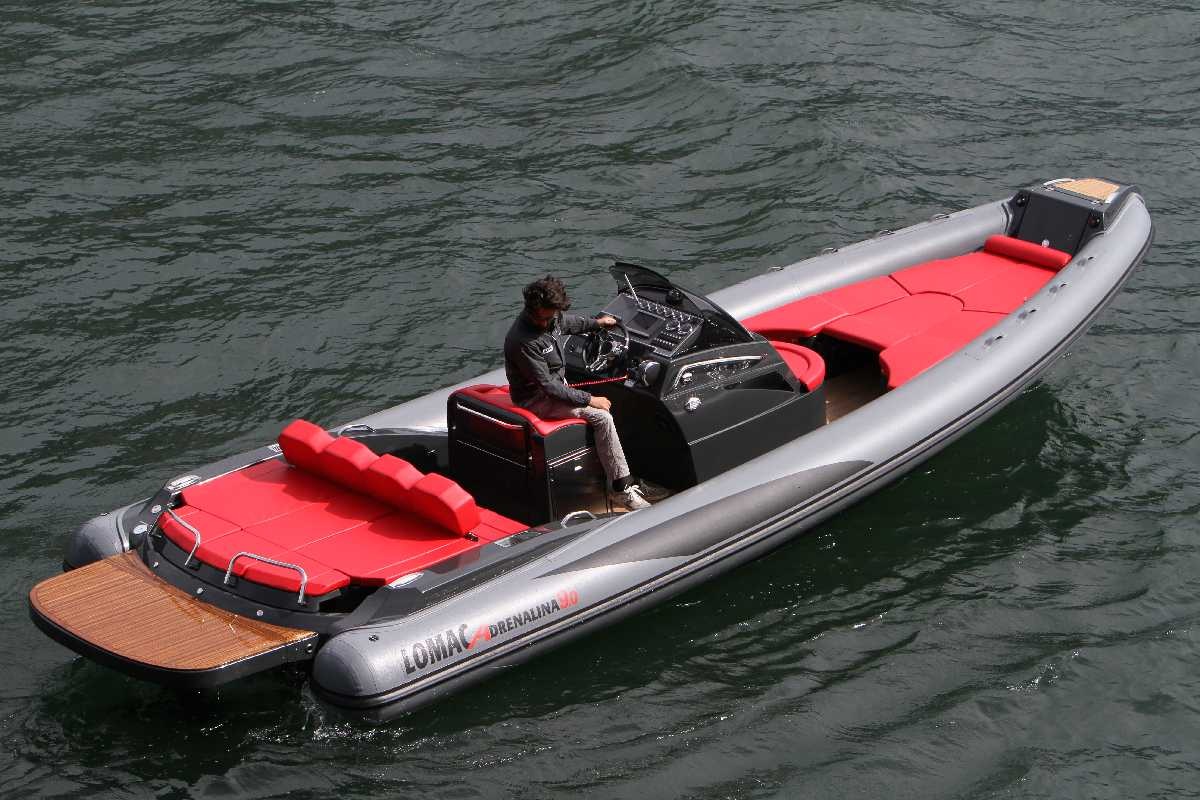 Location bateau  Adrenalina 9.0