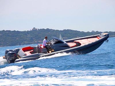 location bateau Adrenalina 9.50