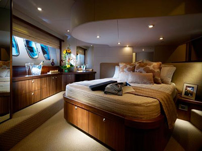 inside Sunseeker Superhawk 50