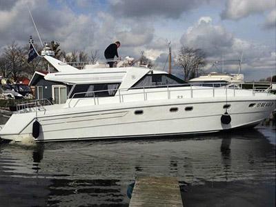 Location bateau  Raffaeli Storm 45