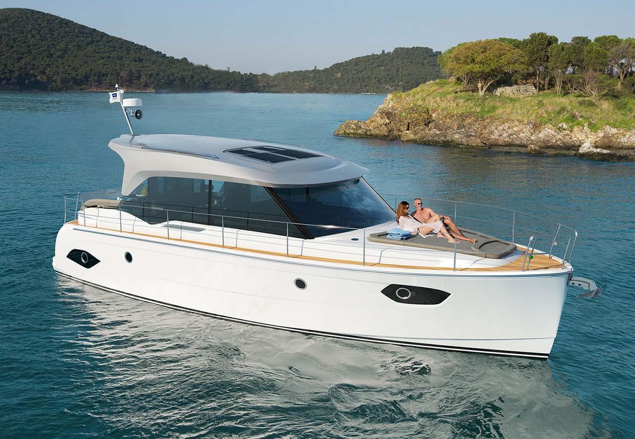 location bateau Bavaria E40 Sedan